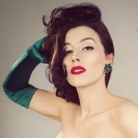 Evie Lovelle